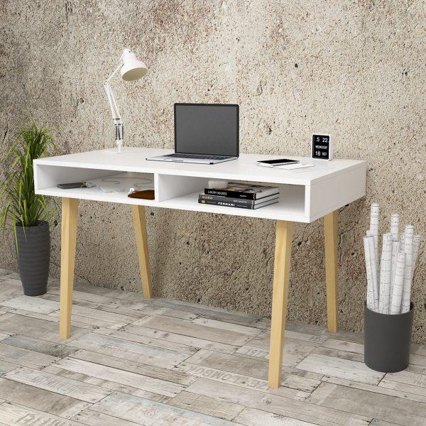 Beyaz çalışma masası